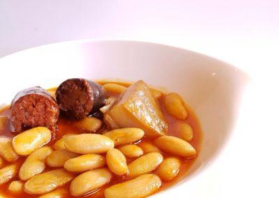 Tapa de Fabada asturiana Restaurante El Molín de la Pedrera